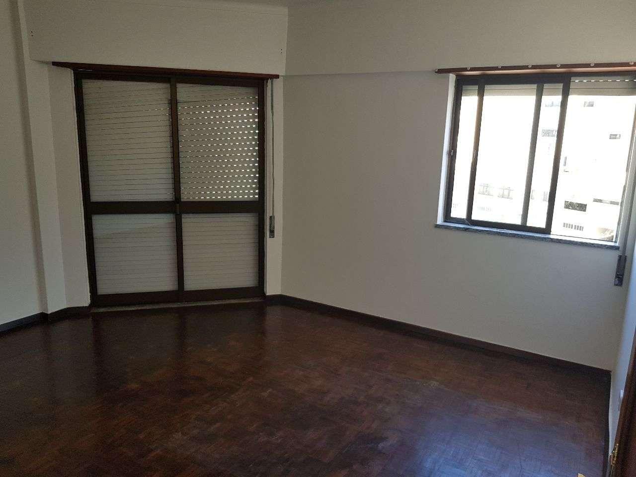 Apartamento para arrendar, Santarém (Marvila), Santa Iria da Ribeira de Santarém, Santarém (São Salvador) e Santarém (São Nicolau), Santarém - Foto 7