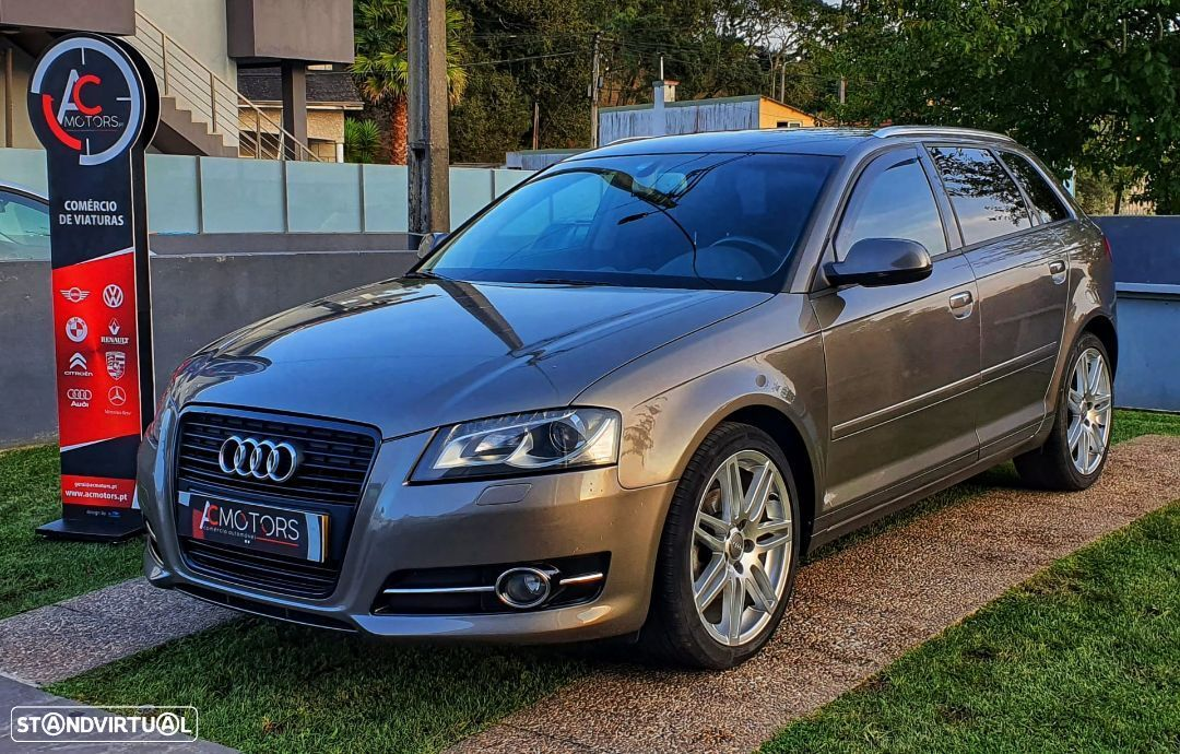 Audi A3 Sportback 1.6 TDi Attraction Business Line - 3