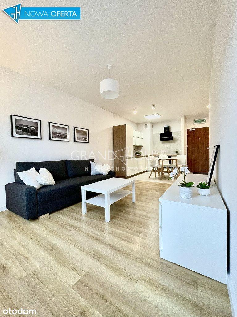 Komfortowe 2 pokojowe mieszkanie z balkonem.
