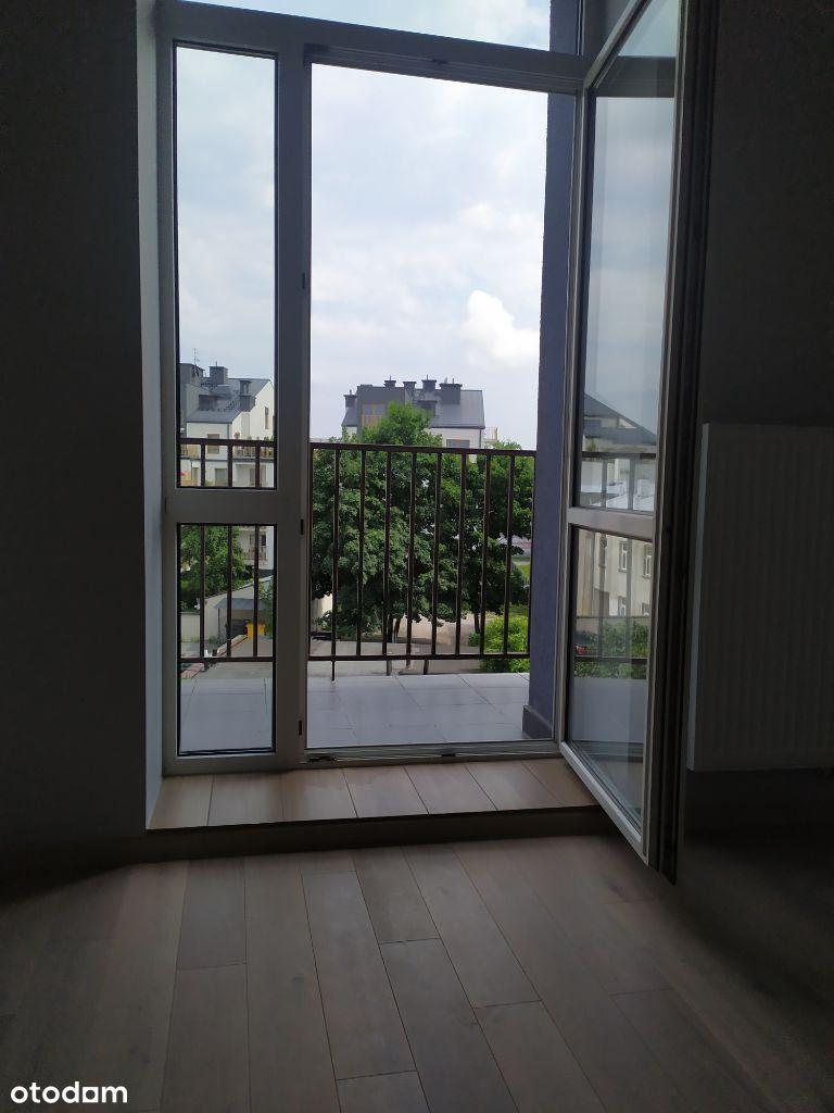 SPRZEDAM mieszk. 45 m2, II p., 2pok centr. Kielce