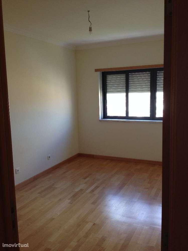 Apartamento para comprar, Praceta Quinta da Marialva, Corroios - Foto 6