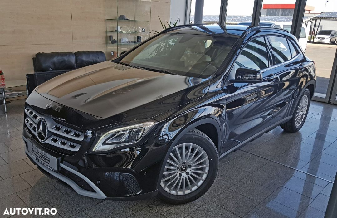 Mercedes-Benz GLA 180 - 21