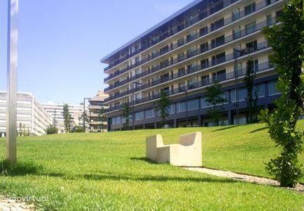 Apartamento T4, centro Maia