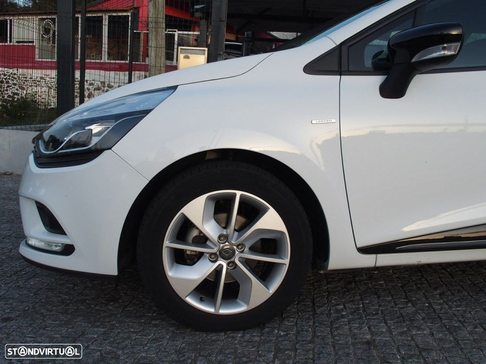 Renault Clio 1.5 Dci LIMITED GPS - 10