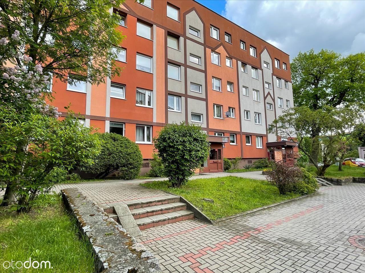 Trzy pokojowe mieszkanie z dużym balkonem, Bukowe