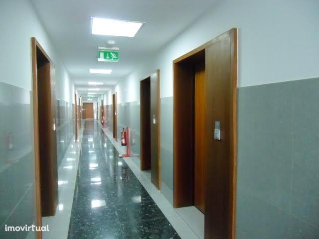 Escritório 86m2 com ar condicionado, Av. da Boavista-Porto