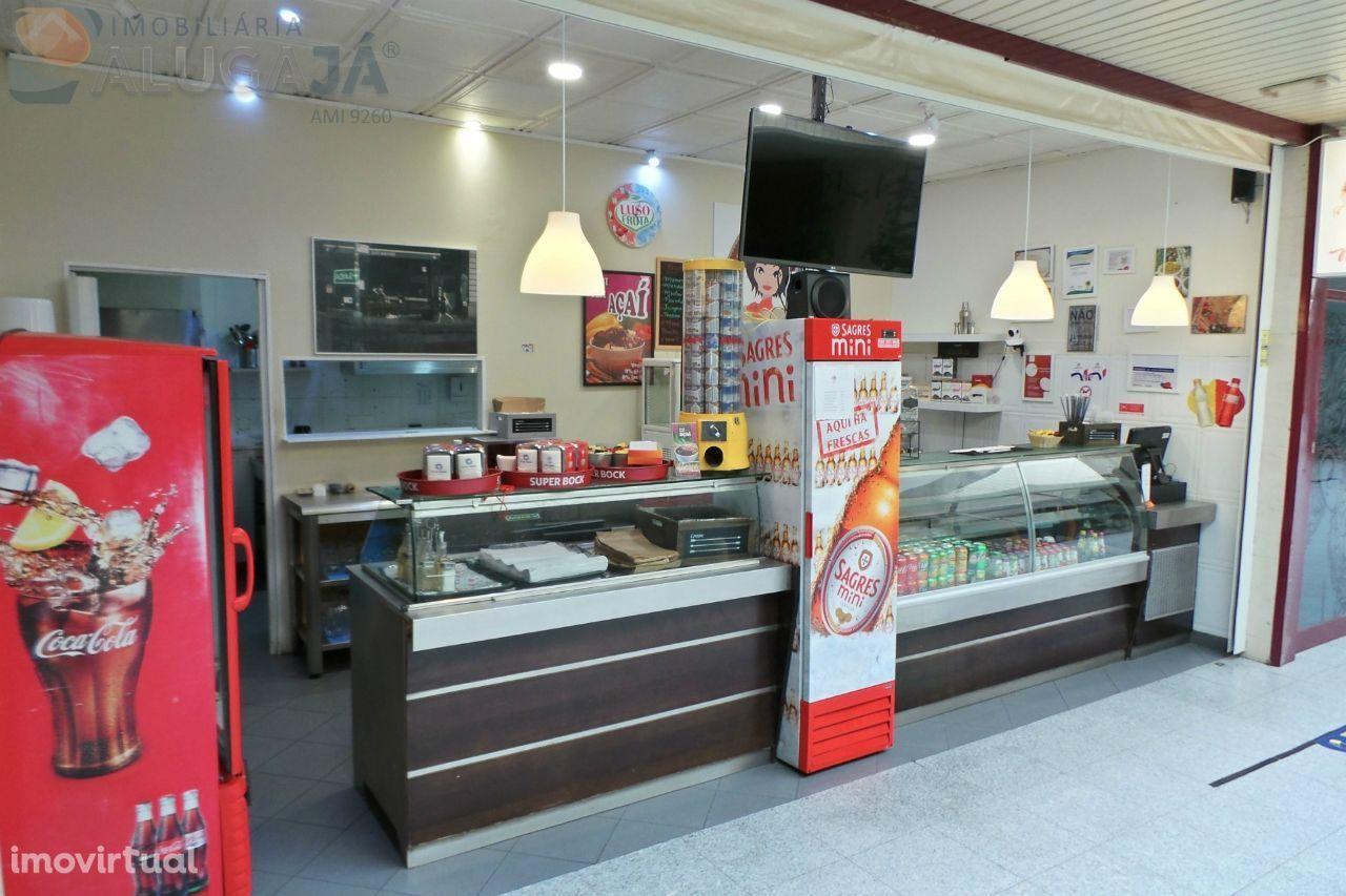 São Marcos - Snack-Bar/Restaurante no Centro Comercial de São Marcos