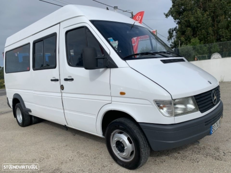 Mercedes Benz Sprinter 412 D  13 lugares - 2