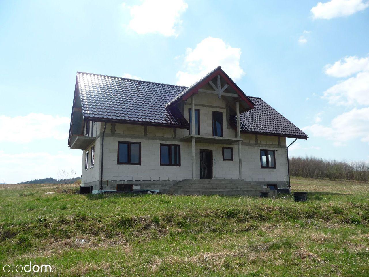 Dom do wykończenia na dużej działce