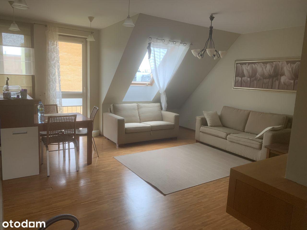 Mieszkanie komfortowe przy sklepie Bojary