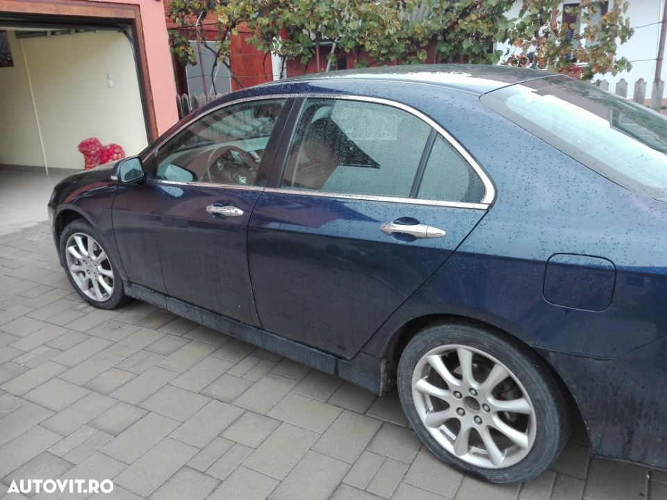 Honda Accord 2.2CDTi - 1