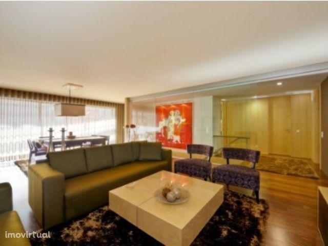 Apartamento T3 de luxo em excelente estado Bessa Leite Lordelo do Ouro