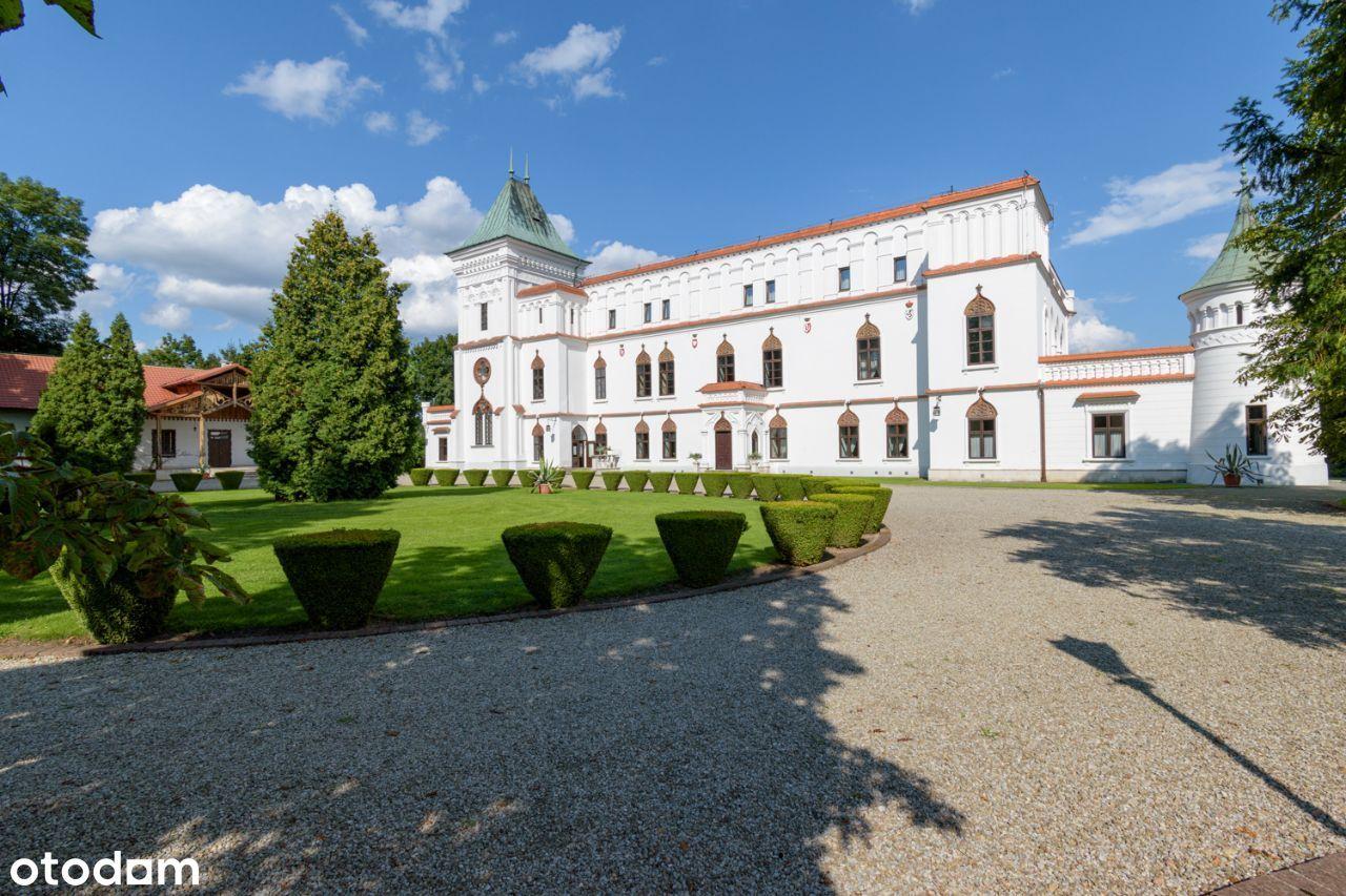 Zabytkowy renesansowy zamek w Przecławiu