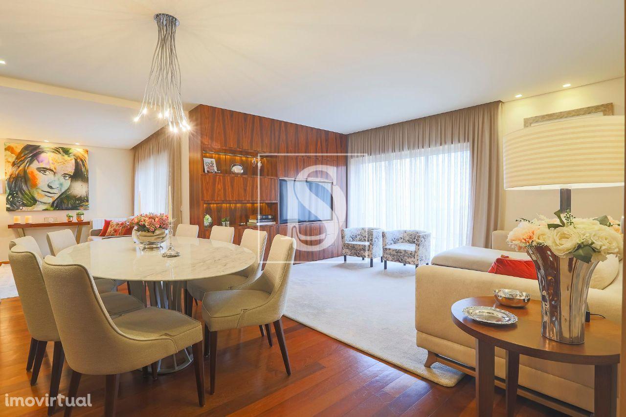 Apartamento T4 de luxo com piscina | Povoa de Varzim