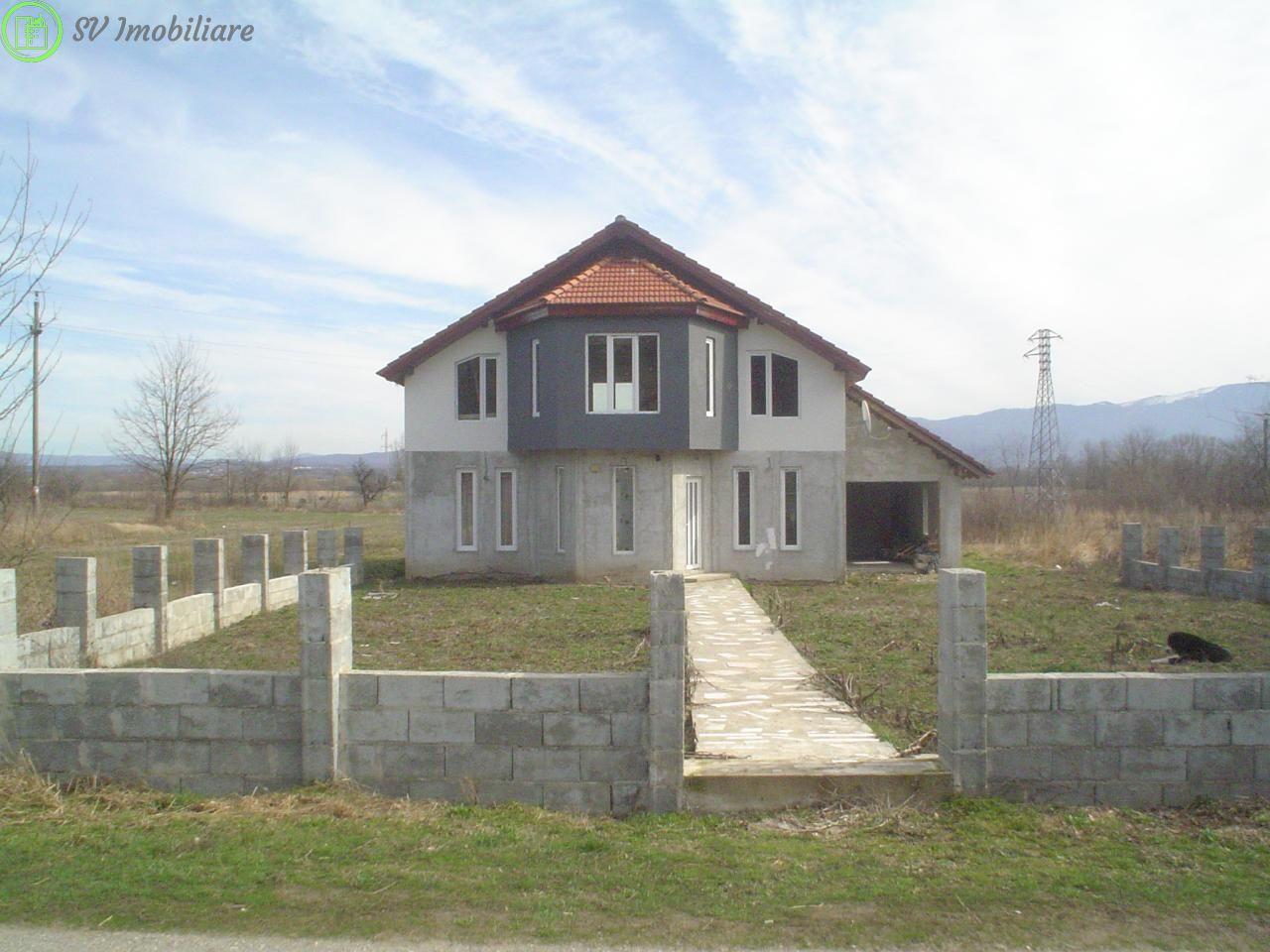 Vand casa moderna P+M,teren 2518 Mp,Zona Teius,Caransebes.