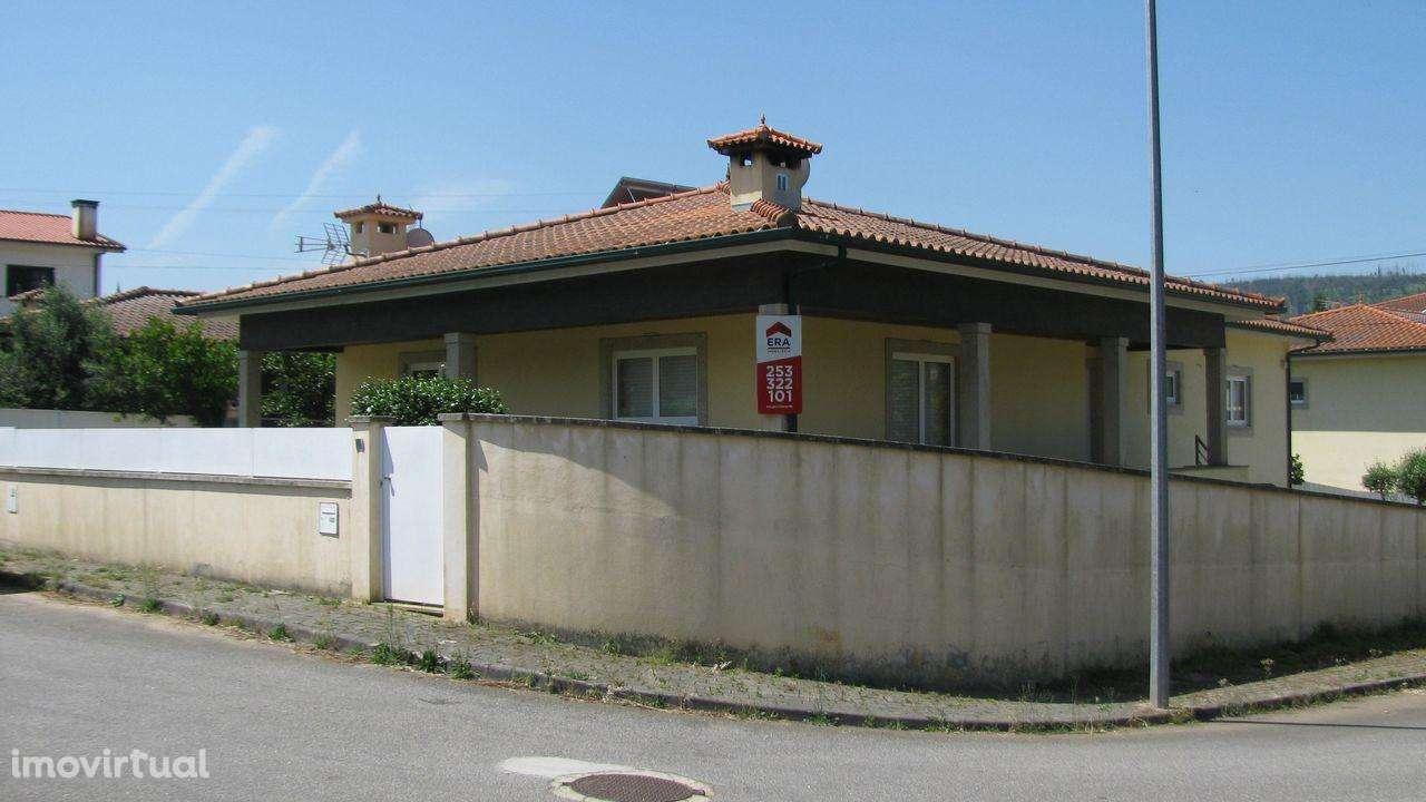 Moradia para comprar, Anissó e Soutelo, Vieira do Minho, Braga - Foto 1