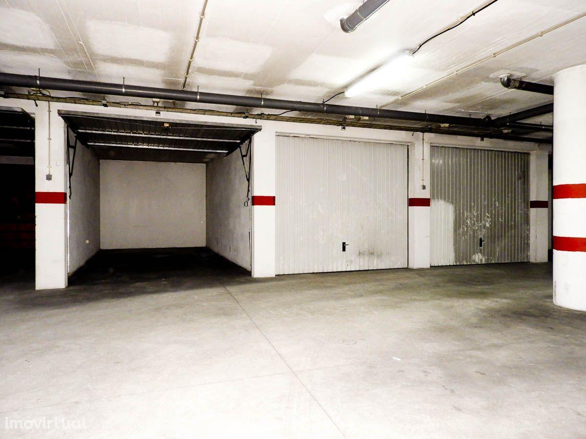 Garagem Box, Centro da Cidade de Almeirim