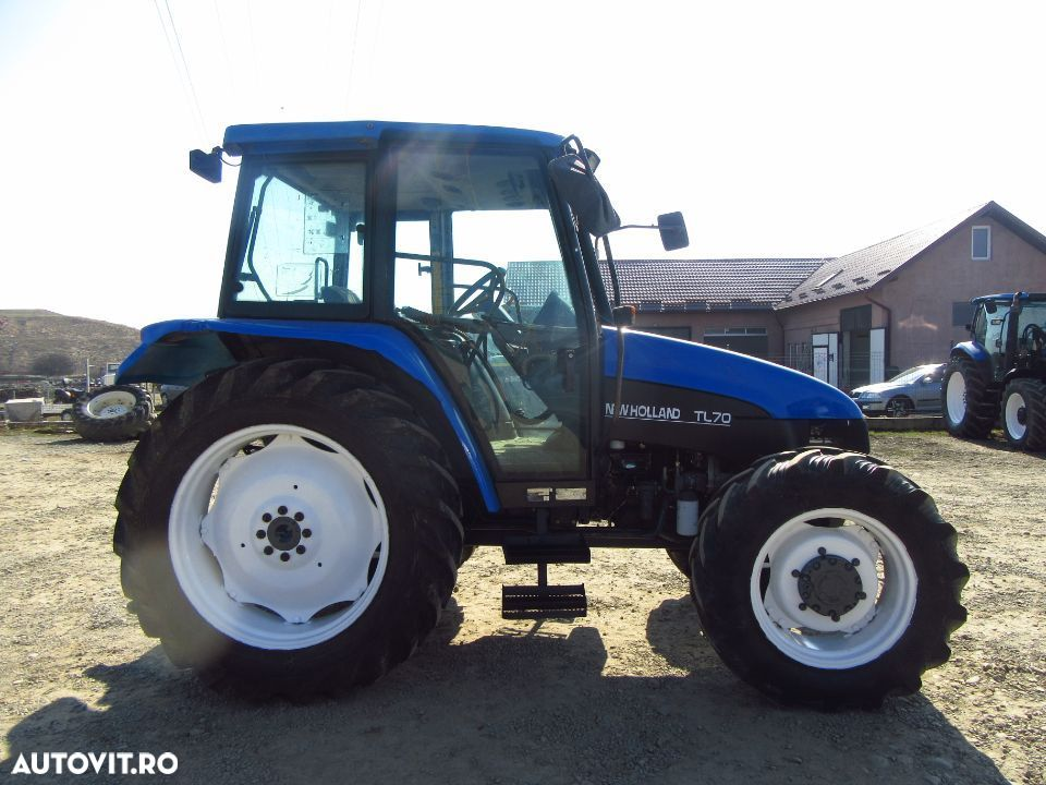 New Holland TL 70 - 6