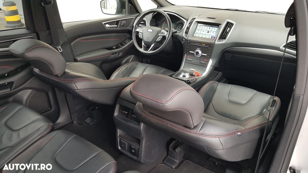 Ford S-Max 2.0 - 38