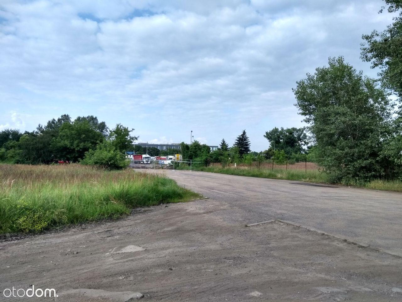 Działka z uzbrojeniem blisko centrum Poznania