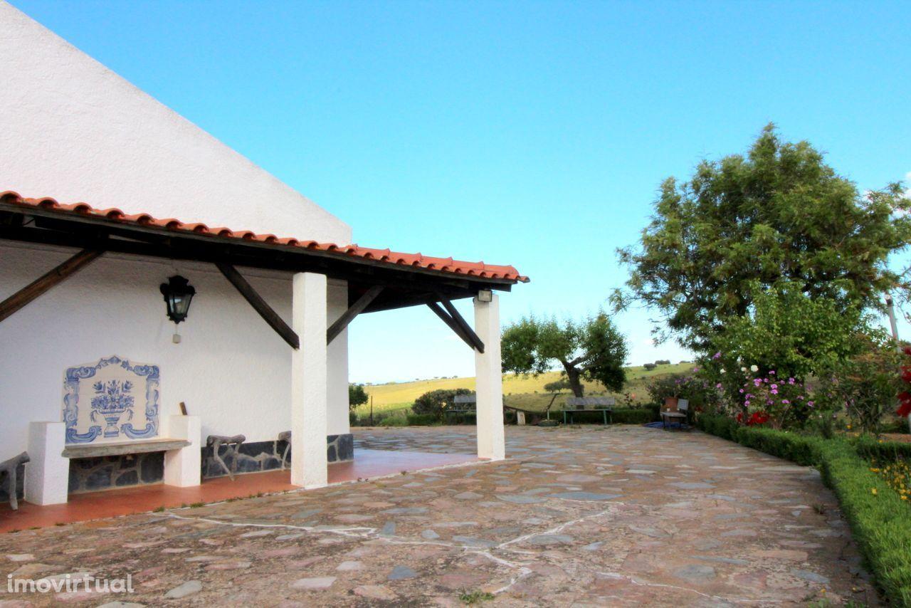 Monte Alentejano em zona muito tranquila - St. António do Baldio