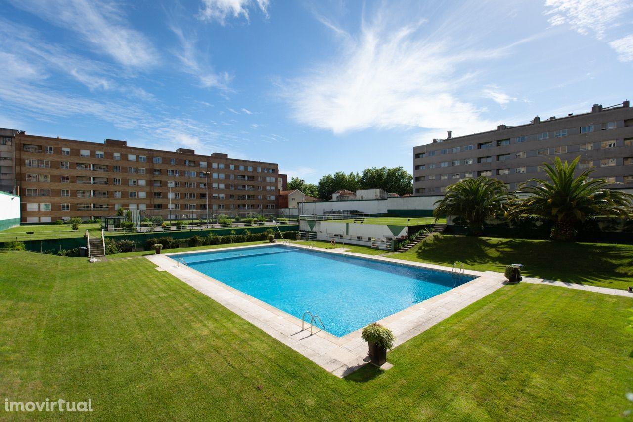 Vendo Apartamento T2 em Matosinhos Sul em condomínio com Piscina