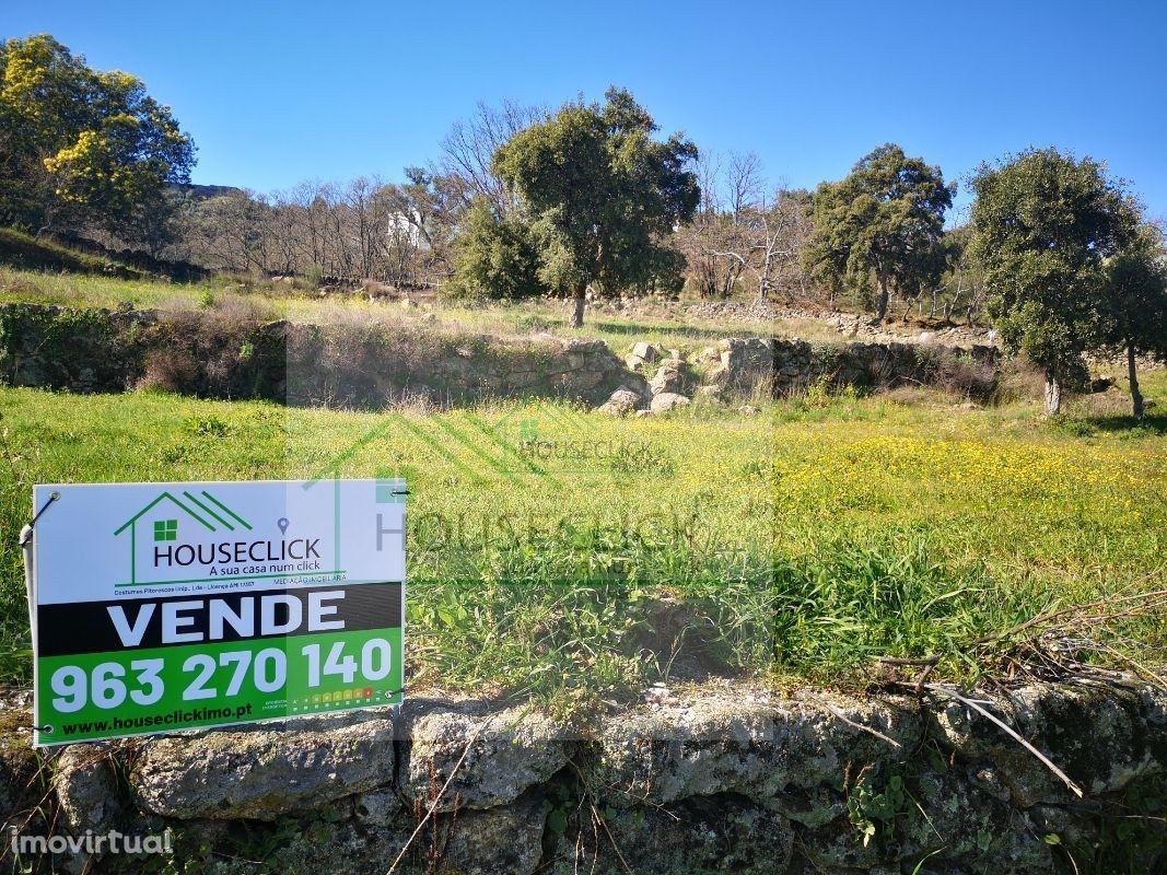 Terreno bem localizado, com bons acessos na entrada Norte de Belmonte
