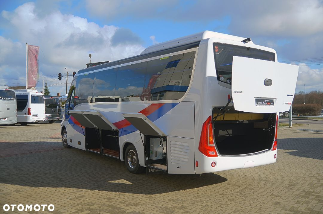 Iveco Cuby 70C HD Tourist Line Winda 31+1+1 No.415  Cuby Iveco 70C HD Tourist Line Winda 31+1+1 No.415 - 12