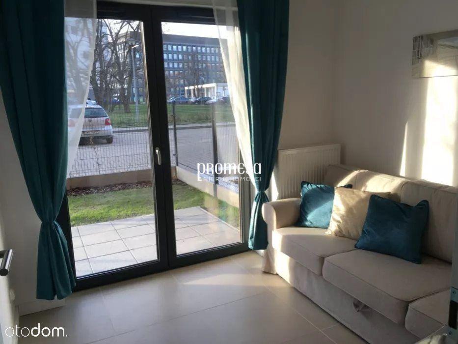 Plac Grunwaldzki/2 pokoje/kuchnia/taras