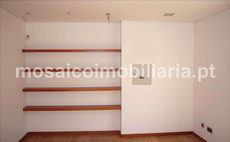Moradia para comprar, Avenida Infante Santo - Valadares, Gulpilhares e Valadares - Foto 14