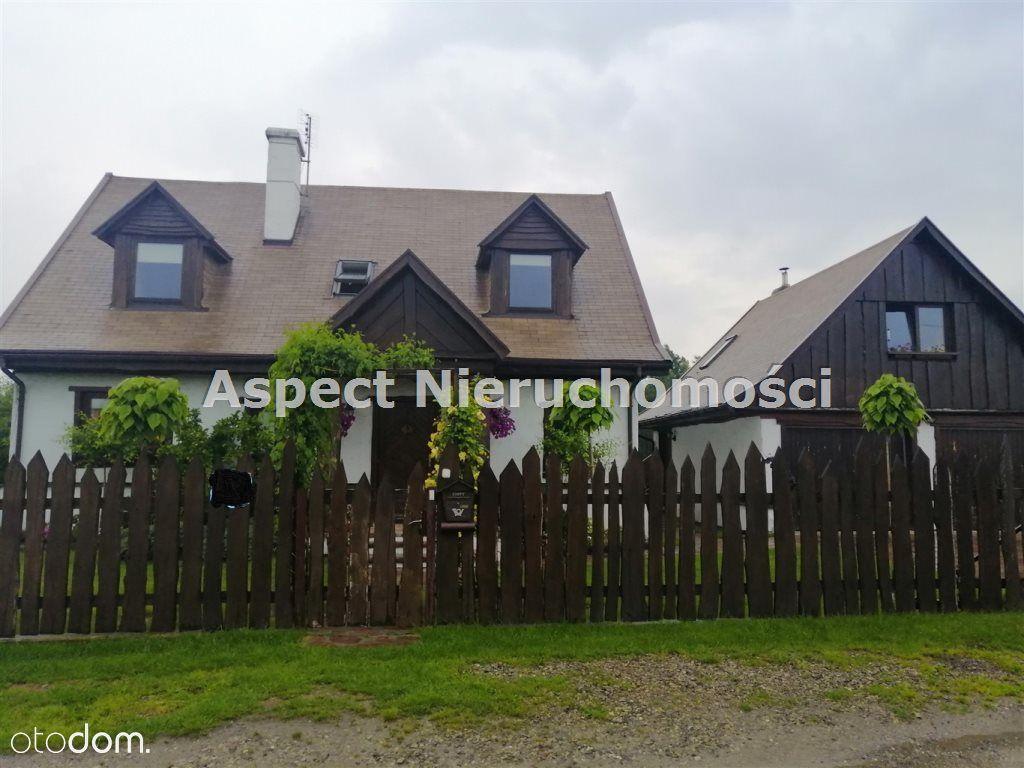 Dom, 140 m², Prażmów
