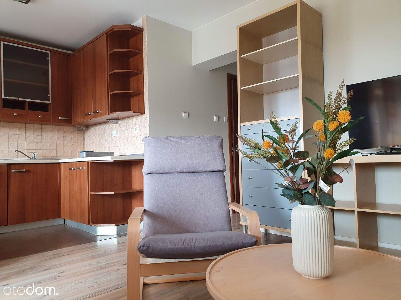 Wynajmę umeblowane 2 pokojowe mieszkanie