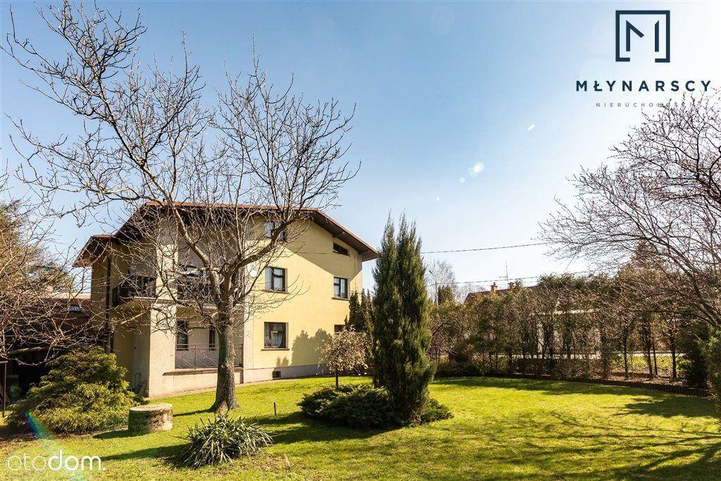 Dom, 380 m², Kozy