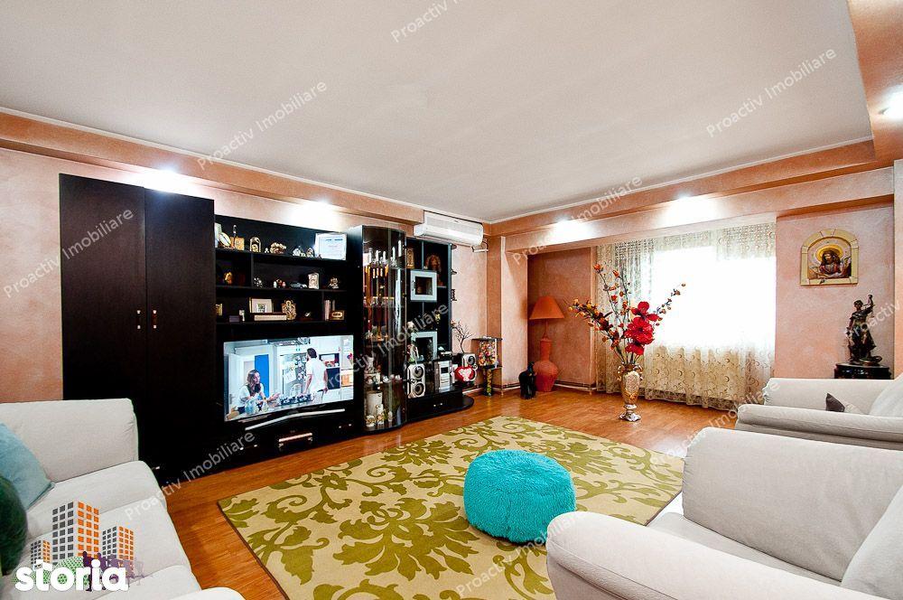 Apartament cu 3 camere, etajul 2, suprafata 105 mp