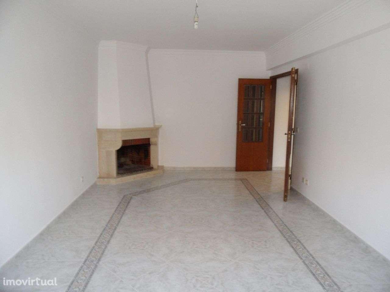 Apartamento para comprar, Rua Luís Sambo, Agualva e Mira-Sintra - Foto 5