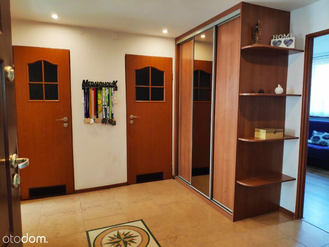 Mieszkanie o pow. 66m2 dobra lokalizacja Stroszek