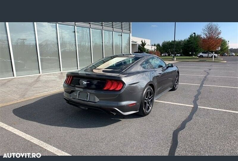 Ford Mustang 2.3 - 5