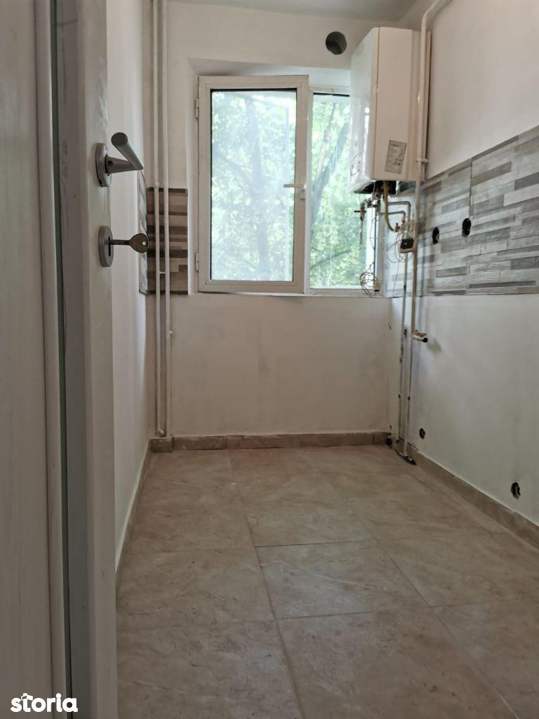 Apartament renovat 2 camere zona Alexandru, in curs de mobilare