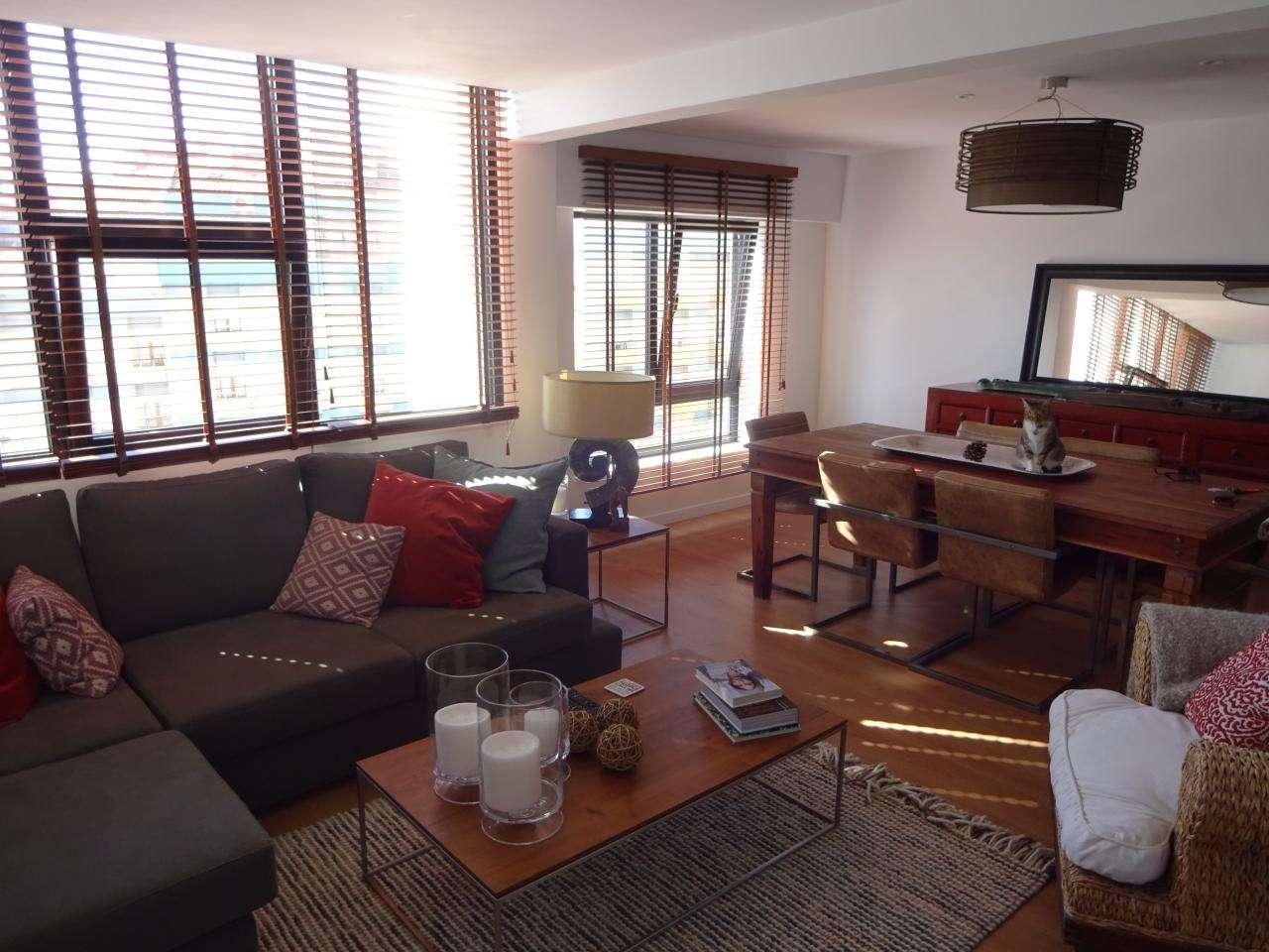 Apartamento para comprar, Algés, Linda-a-Velha e Cruz Quebrada-Dafundo, Oeiras, Lisboa - Foto 1