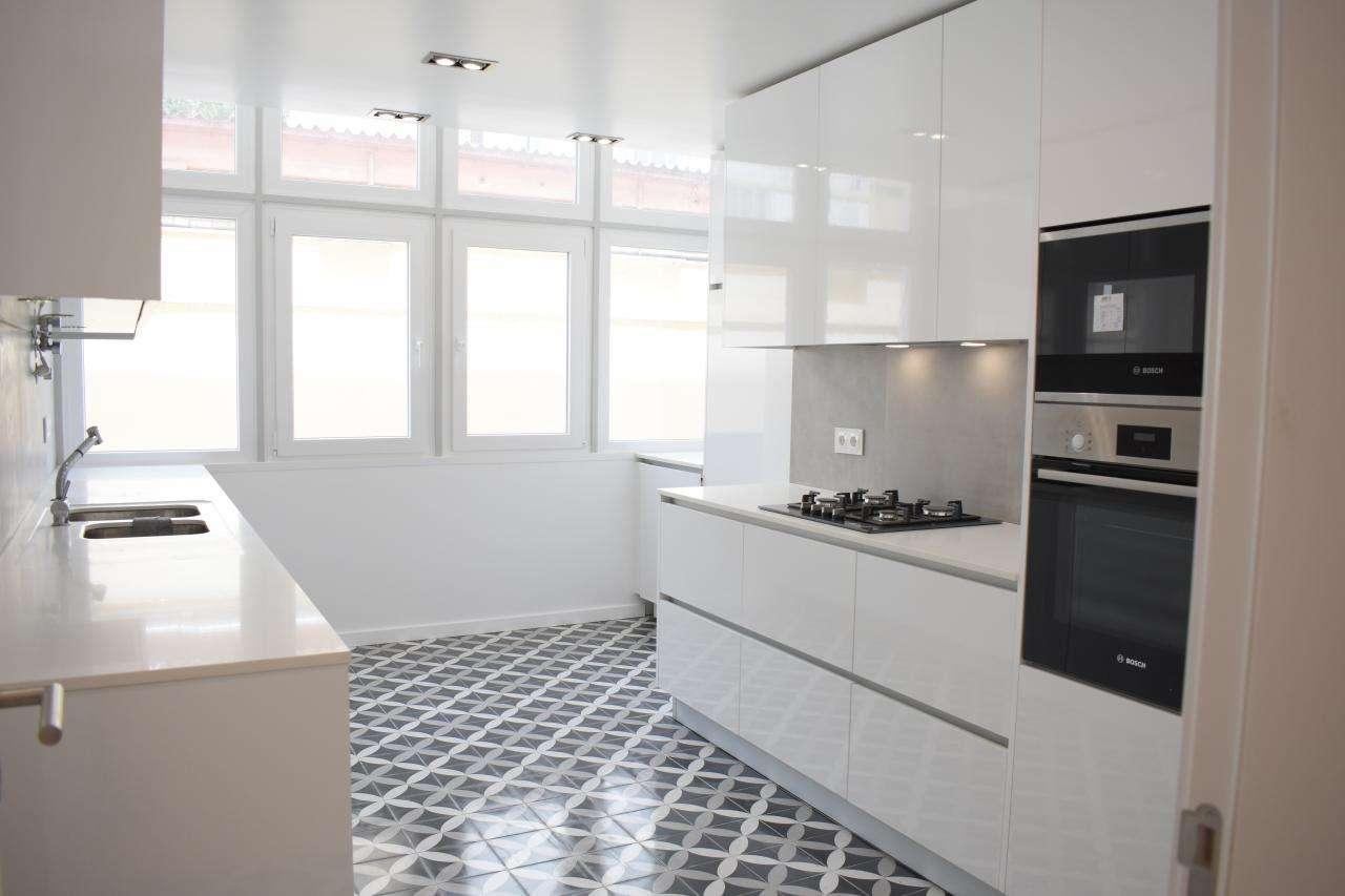 Apartamento para comprar, Rua Diogo Bernardes, Alvalade - Foto 1