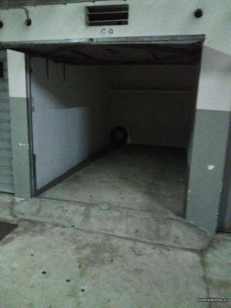 Garagem para comprar, Mafamude e Vilar do Paraíso, Porto - Foto 3