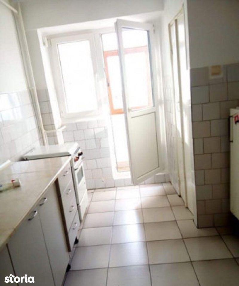 Apartament 2 camere, Micro 17