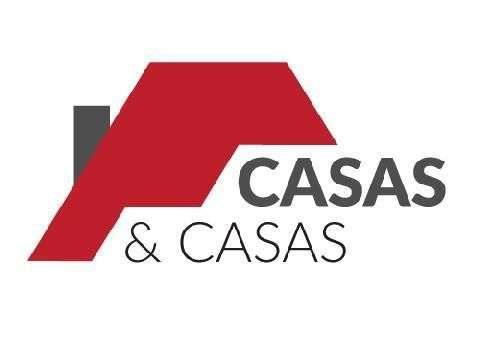 Casas & Casas