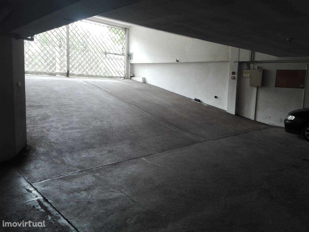 Garagem para arrendar, Coimbra (Sé Nova, Santa Cruz, Almedina e São Bartolomeu), Coimbra - Foto 2