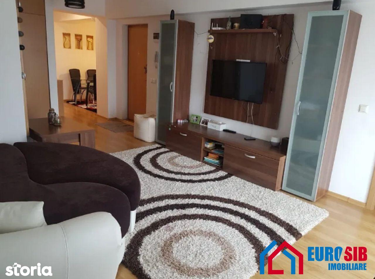 Apartament cu 3 camere decomandat de inchiriat zona Calea Poplacii