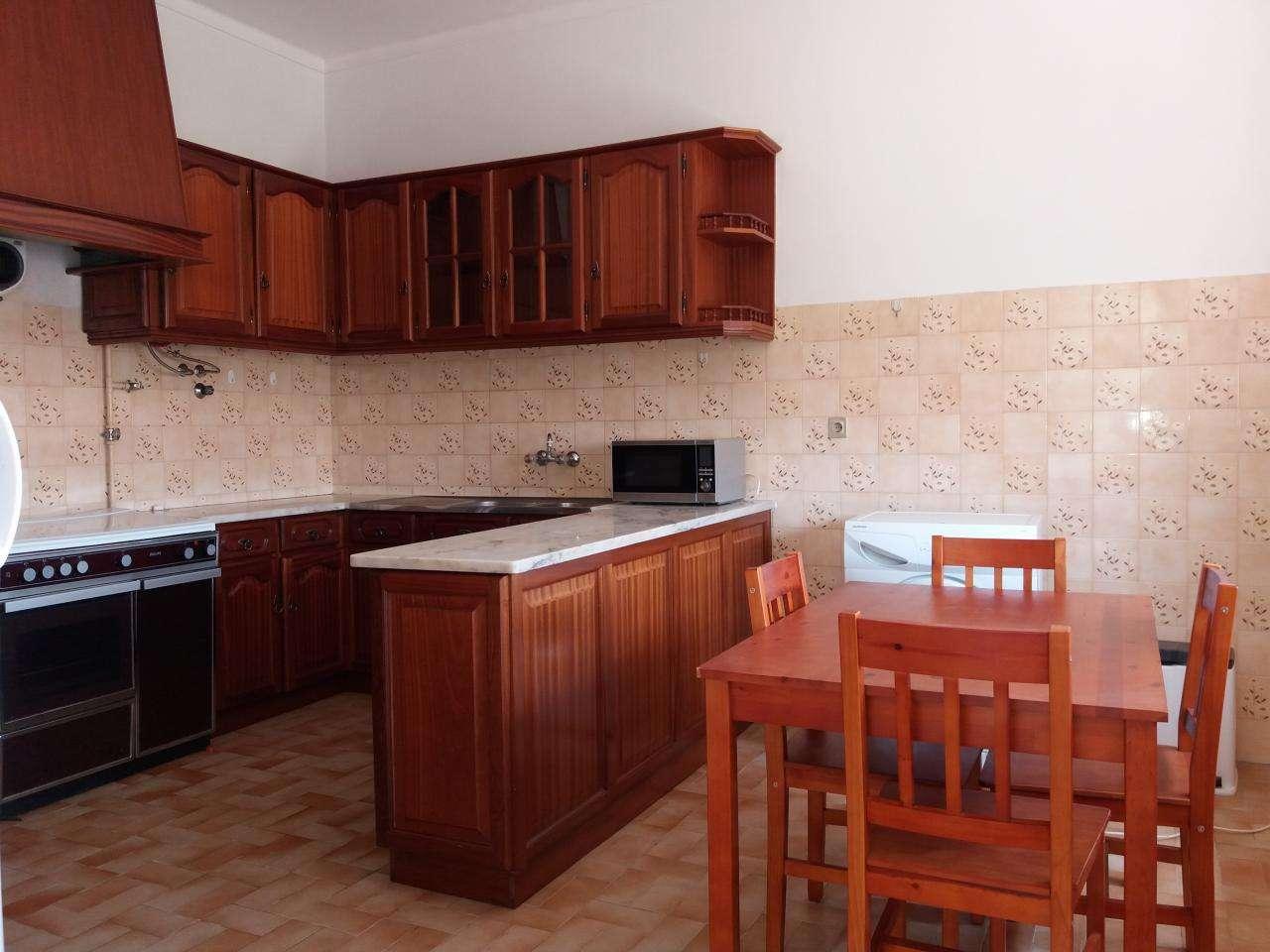 Moradia para comprar, Torres Novas (Santa Maria, Salvador e Santiago), Torres Novas, Santarém - Foto 1
