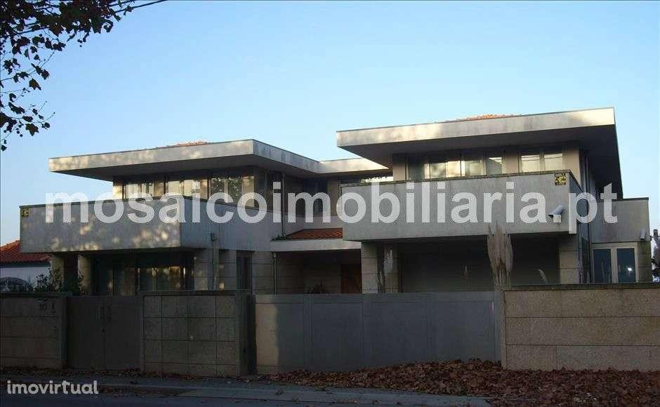 Moradia para comprar, Avenida Infante Santo - Valadares, Gulpilhares e Valadares - Foto 2