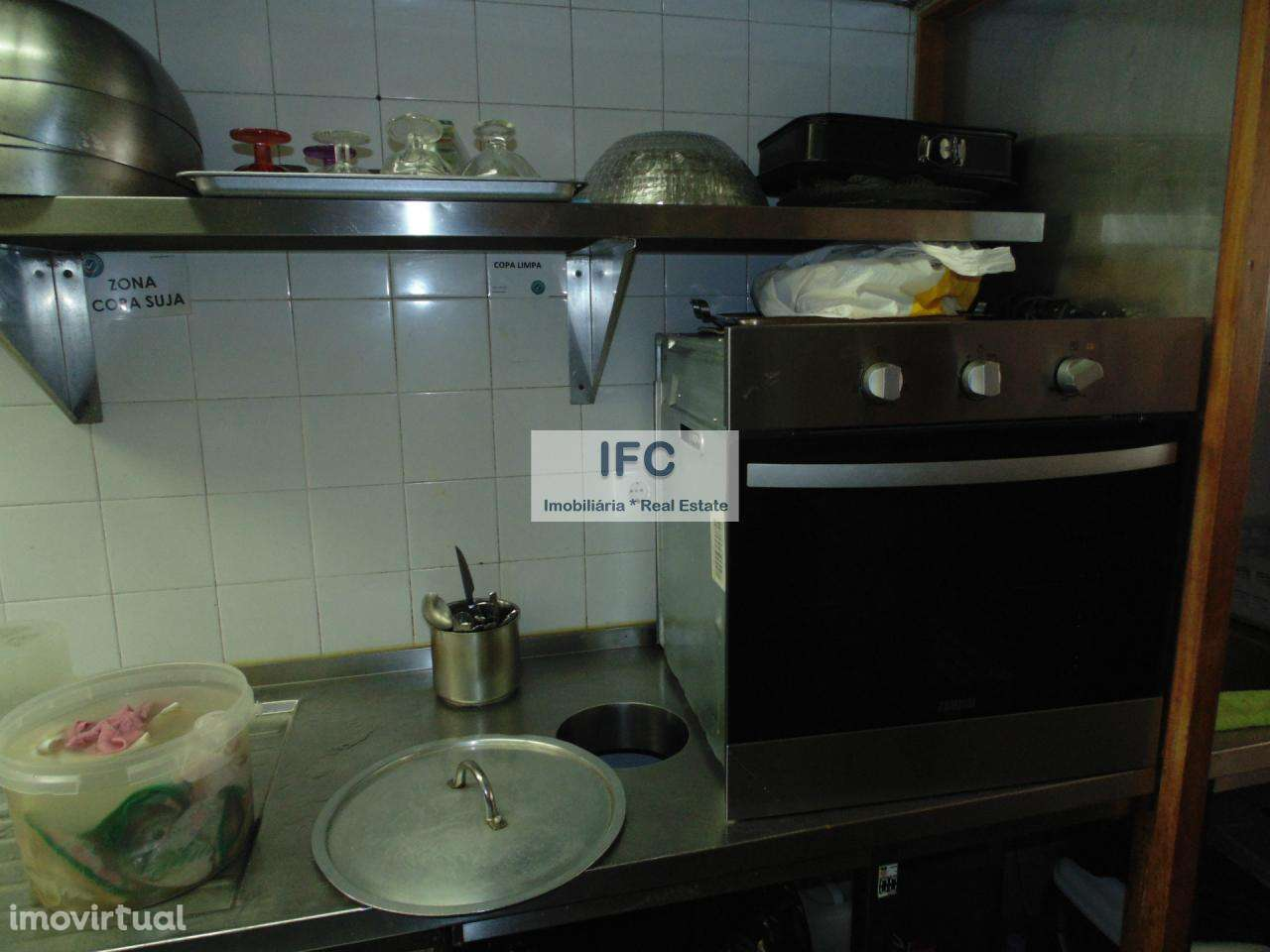 Trespasse De Restaurante Em Ramalde Imovirtual