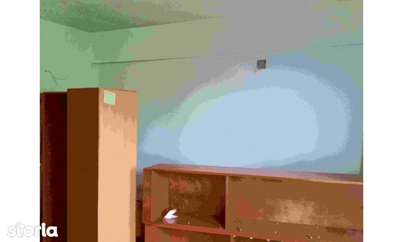 Vanzare: Apart 2 camere, conf1, et 1, 9 Mai, 72959