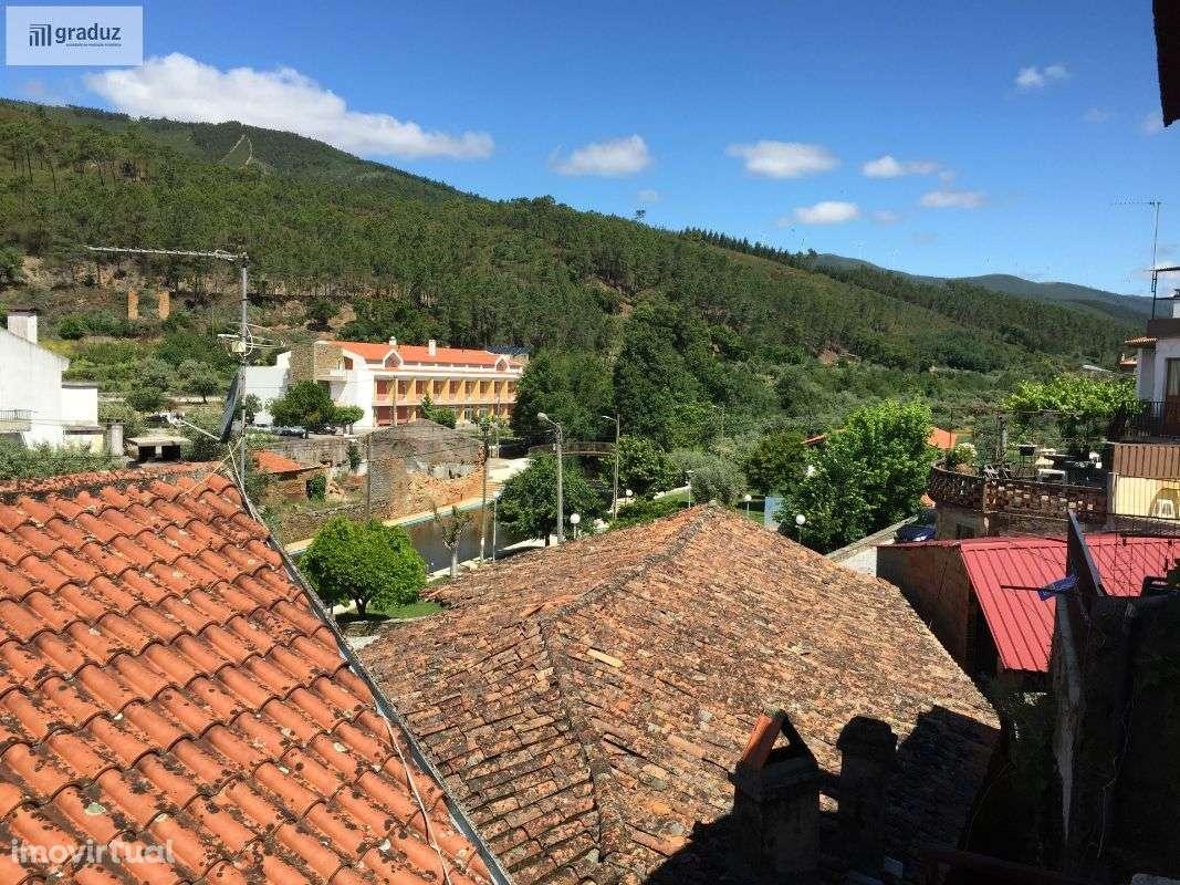 Prédio para comprar, Almaceda, Castelo Branco - Foto 12